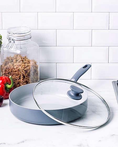Every GreenPan pan is 100% free of PFAS and PFOA.