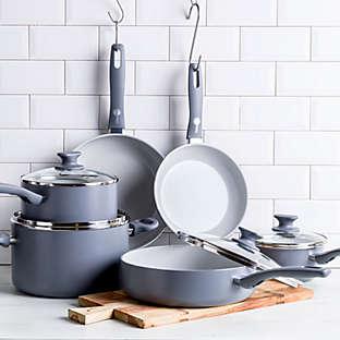 Healthy ceramic nonstick cookware 10-piece set.