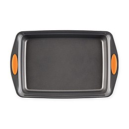 Rachael Ray™ Oven Lovin' Nonstick 9-Inch x 13-Inch Covered Cake Pan in Grey/Orange