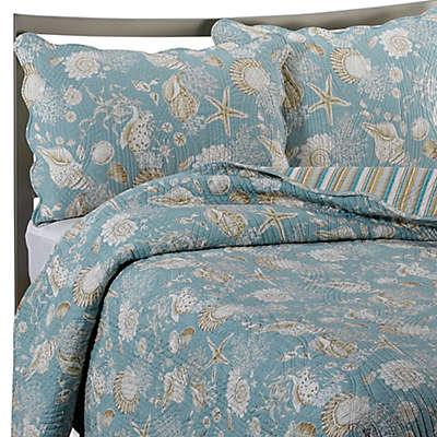 Natural Shells Reversible Quilt in Blue/Beige