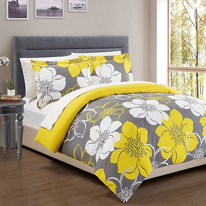 Alternate image 1 for Chic Home Chrysa 3-Piece Reversible Queen Duvet Cover Set in Yellow