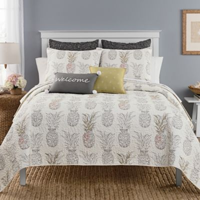 Heritage Breezes Pineapple Quilt Bed Bath Amp Beyond