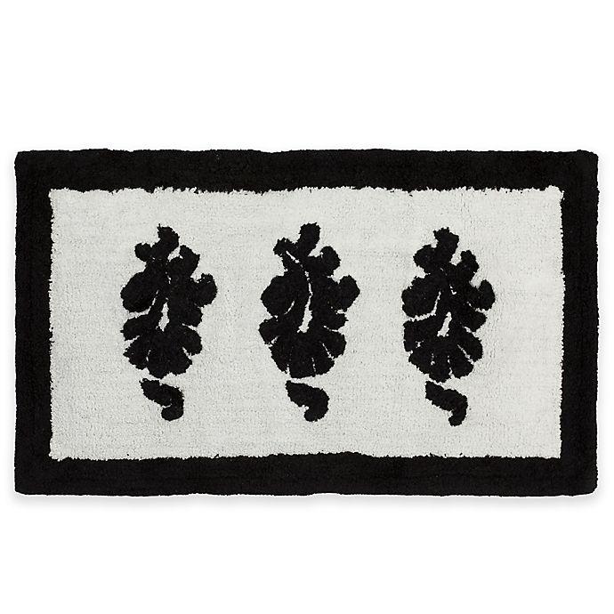 Nomad Sculpted Bath Rug In White/Black
