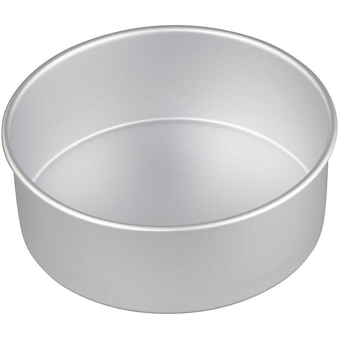 Alternate image 1 for Wilton® Performance™ 8-Inch Aluminum Round Pan