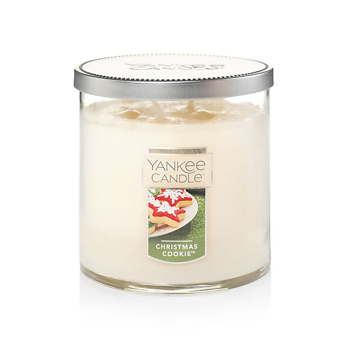 Alternate image 1 for Yankee Candle® Housewarmer® Christmas Cookie™ Medium Lidded Candle Tumbler