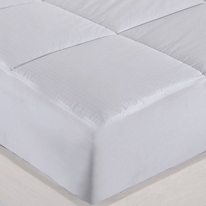Alternate image 1 for Clean Living 400-Thread-Count Queen Mattress Pad