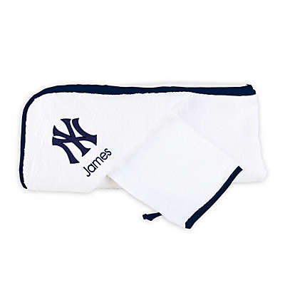Designs by Chad and Jake MLB New York Yankees Personalized Hooded Towel Set