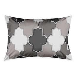 Simple Quatrefoil Pillow Sham