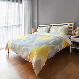 Sunny Quatrefoil Twin Duvet Cover in Grey/White/Yellow