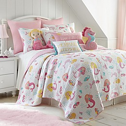 Levtex Home Joelle Reversible Quilt Set in Pink