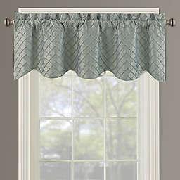 Bella Pin Tuck Diamond Window Valance