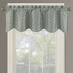 Bella Pin Tuck Diamond Window Valance