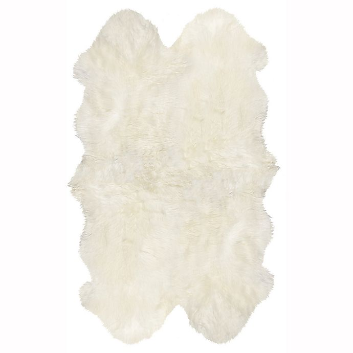 Alternate image 1 for Natural 100%  New Zealand Sheepskin 3-Foot 8-Inch x 6-Foot Area Rug in White