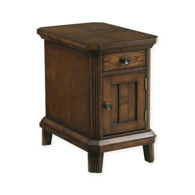 Broyhill Estes Park Chairside End Table In Brown Oak Bed