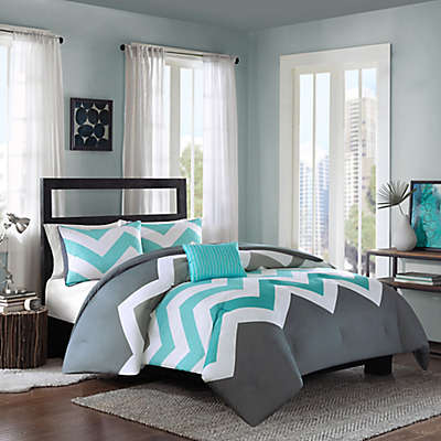 Intelligent Design Cade Reversible Comforter Set