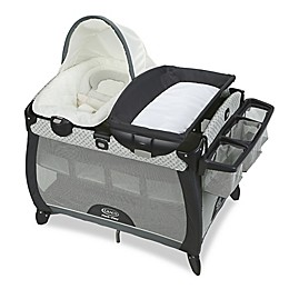 Graco Pack 'n Play Quick Connect Portable Napper Deluxe with Bassinet in McKinley