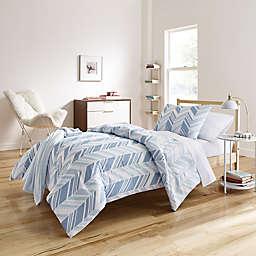 Elesa 6-8 Piece Comforter Set in Blue