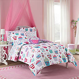 VCNY Cupcake World Comforter Set in Pink