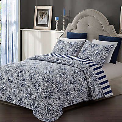 Tyra Quilt Set in Blue