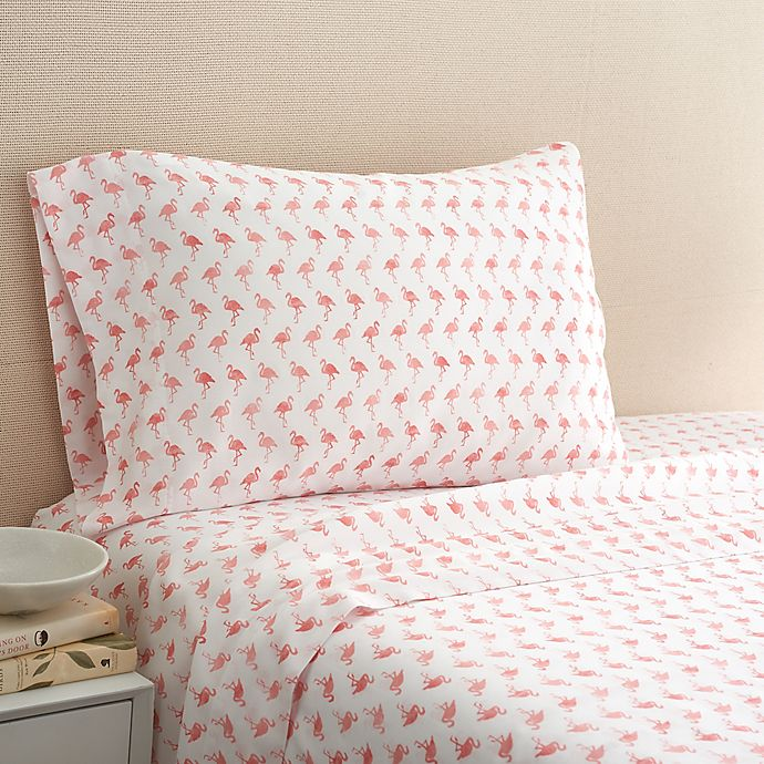 Alternate image 1 for Coastal Life Flamingo 300-Thread-Count Twin Sheet Set in Pink
