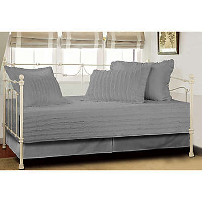 Ruffled Daybed Quilt Set