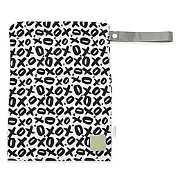 Itzy Ritzy® Travel Happens™ Medium Sealed Wet Bag in XOXO Black/White
