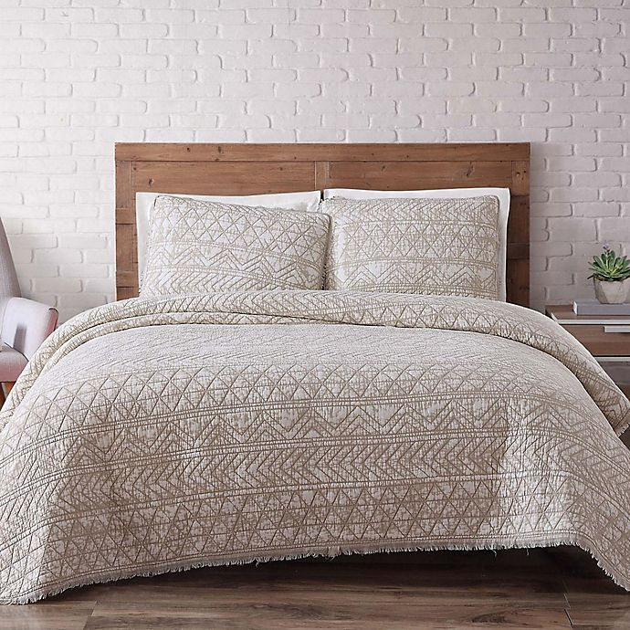 Alternate image 1 for Brooklyn Loom Sand-Washed Reversible Full/Queen Quilt Set in White