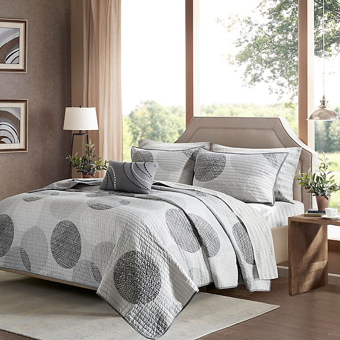 Alternate image 1 for Madison Park Essentials Knowles Complete Queen Coverlet Set in Grey