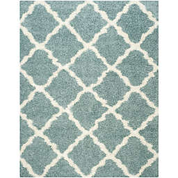 Safavieh Dallas 6-Foot x 9-Foot Shag Area Rug in Seafoam/Ivory