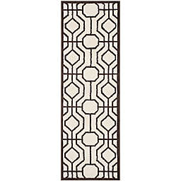 Safavieh Amherst Jillian 2-Foot 3-Inch x 7-Foot Indoor/Outdoor Runner in Ivory/Brown