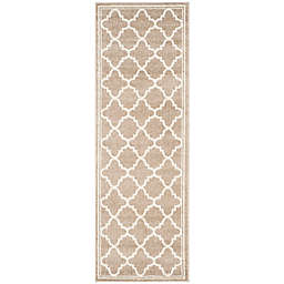 Safavieh Amherst Quine 2-Foot 3-Inch x 7-Foot Indoor/Outdoor Area Rug in Wheat/Beige