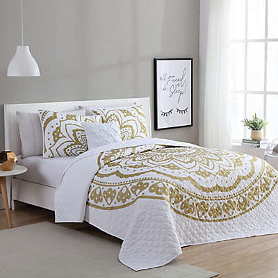 VCNY Karma Quilt Set in Gold/White
