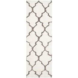 Safavieh Barcelona Shag Area Rug in Silver/White