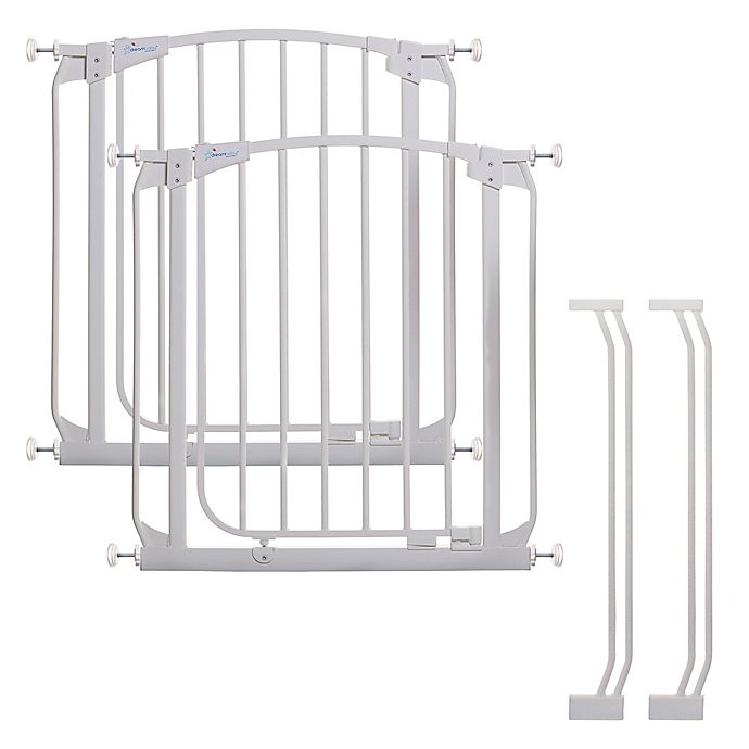Alternate image 1 for Dreambaby® Chelsea Auto Close Stay Open Security Gate in White (Set of 2)