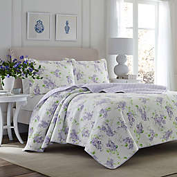 Laura Ashley® Keighley Reversible Quilt Set in Lilac
