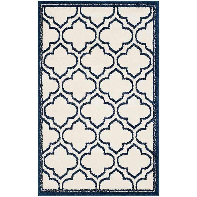 Alternate image 1 for Safavieh Amherst Belle 2-Foot 6-Inch x 4-Foot Indoor/Outdoor Accent Rug in Ivory/Navy