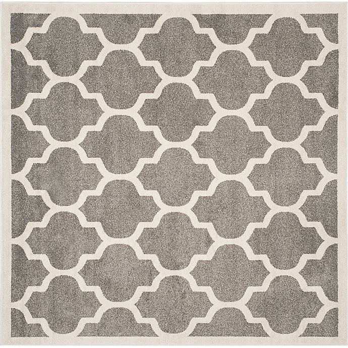 Alternate image 1 for Safavieh Amherst Gate 5-Foo Round Indoor/Outdoor Area Rug in Dark Grey/Beige