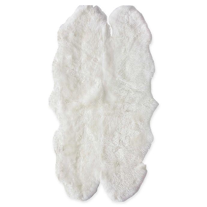 Alternate image 1 for Nuloom Luxe Sheepskin Quattro 2-Foot 7-Inch x 5-Foot 3-Inch Rug in Beige