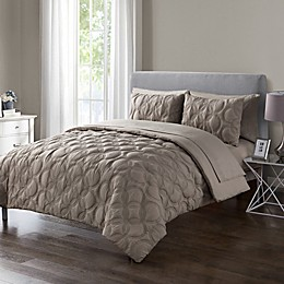 VCNY Home Atoll Embossed Comforter Set