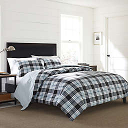 Eddie Bauer® Lewis Plaid Duvet Cover in Navy