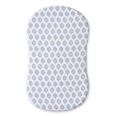 HALO™ Bassinest™ Muslin Sheet in Grey/White Leaf Print