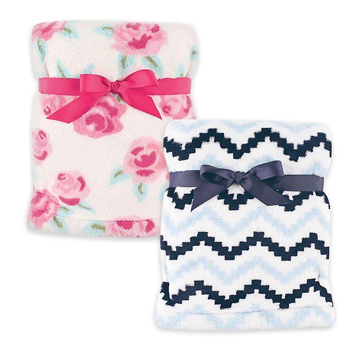 Alternate image 1 for Hudson Baby® Super Plush Blanket