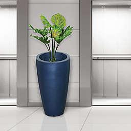 Mayne Modesto Planter