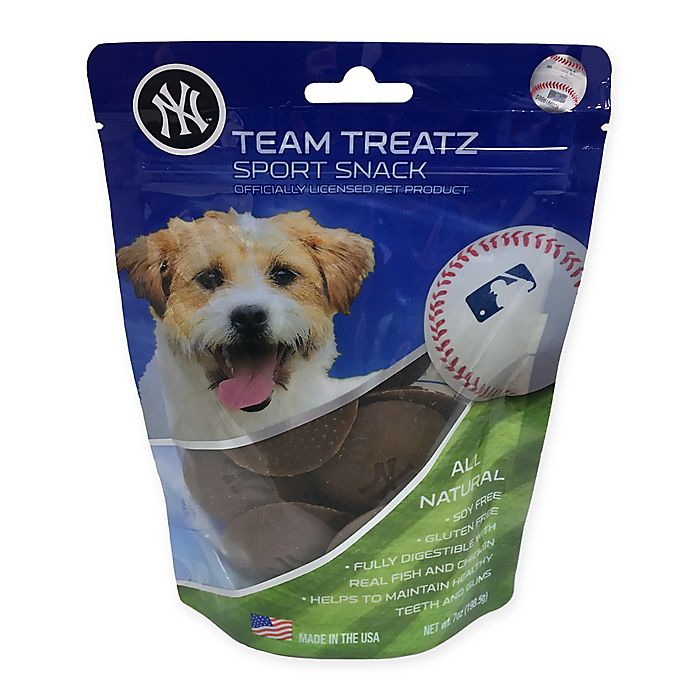 online store 87d32 a07f0 MLB New York Yankees Dog Treats | Bed Bath & Beyond