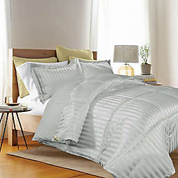 Kathy Ireland® Reversible Down Alternative King Comforter Set in Platinum
