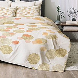 Deny Designs Chelsea Victoria Party Girl 2-Piece Twin/Twin XL Comforter Set in Gold