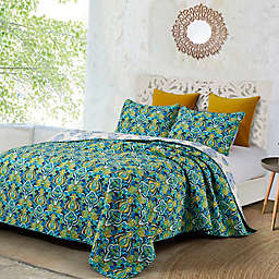 Anya Reversible Quilt Set in Green/Blue