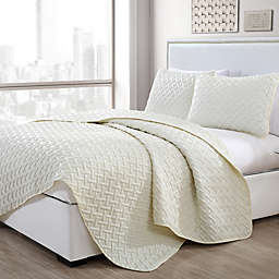 VCNY Home Nia Embossed 3-Piece King Quilt Set in Ivory
