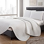 VCNY Home Nia Embossed Full/Queen Quilt Set in White