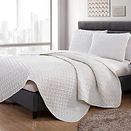 VCNY Home Nia Embossed 2-Piece Twin Quilt Set in White